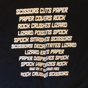Gildan Tops - Big Bang Theory t-shirt